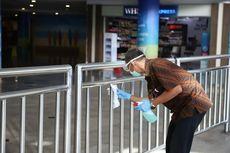 Cegah Penyebaran Covid-19, Bandara Ngurah Rai Semprot Disinfektan