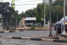 Sikapi Kerusuhan, Kini Perlintasan di Dekat Stasiun Palmerah Dipasang Pagar