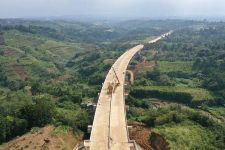 Jalan Tol Ciawi-Sukabumi dijadwalkan rampung pekerjaannya Agustus 2021.