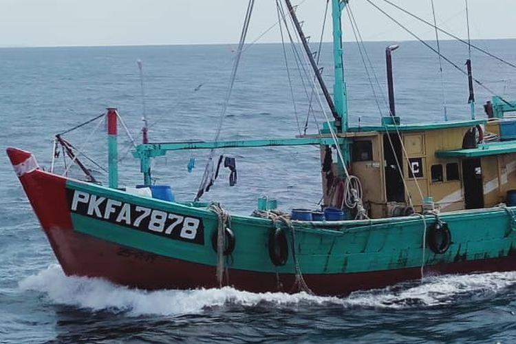 ilustrasi kapal illegal fishing