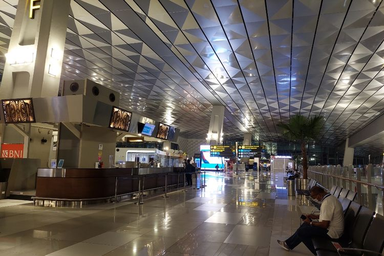 Ilustrasi: Suasana Terminal 3 Bandara Soekarno-Hatta, Kota Tangerang, pada Rabu (5/5/2021).