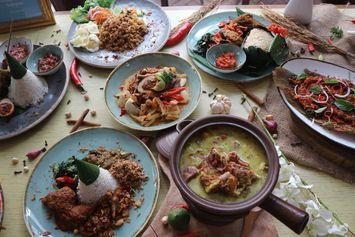 6 Aspek dalam Gastronomi Indonesia, dari Sejarah sampai Etika Makan