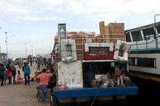 Penjualan Tiket Online Baru Diterapkan di Pelabuhan Kali Adem