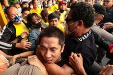 Massa Pro-Kerajaan Thailand Turun ke Jalan, Bentrok dengan Mahasiswa