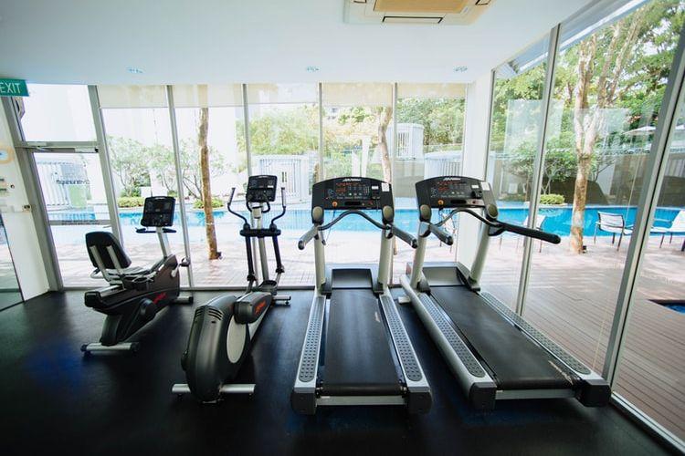 ilustrasi peralatan gym
