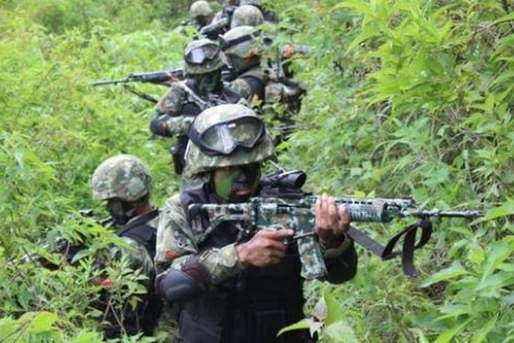 A file photo of Indonesian military (TNI) personnel during a patrol in Sugapa district in Intan Jaya regency, Papua.