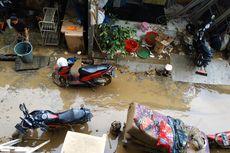 Rumah Terendam Banjir, 80 Warga Pondok Gede Permai Bekasi Mengungsi di Posko BNPB
