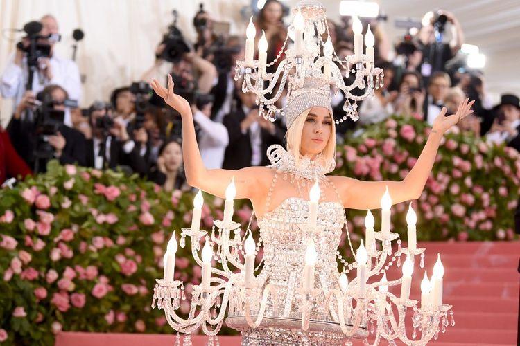 Artis musik Katy Perry menghadiri 2019 Met Gala Celebrating Camp: Notes on Fashion di  Metropolitan Museum of Art, New York City, Senin (6/5/2019).