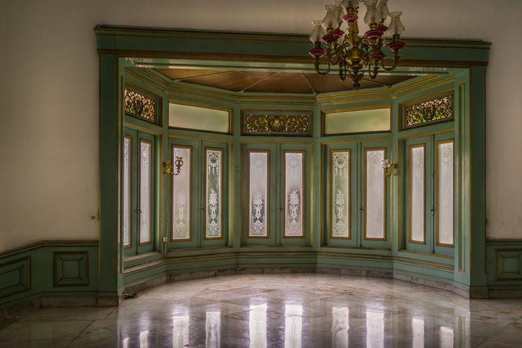 Ilustrasi salah satu sudut Istana Mangkunegaran, Solo.