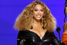 Seksinya Beyonce dalam Balutan Busana Lateks di Grammy Awards 2021
