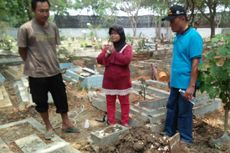Nenek yang Gendong Jenazah Cucu Gunakan Uang Santunan untuk Beli Papan Penutup Kuburan