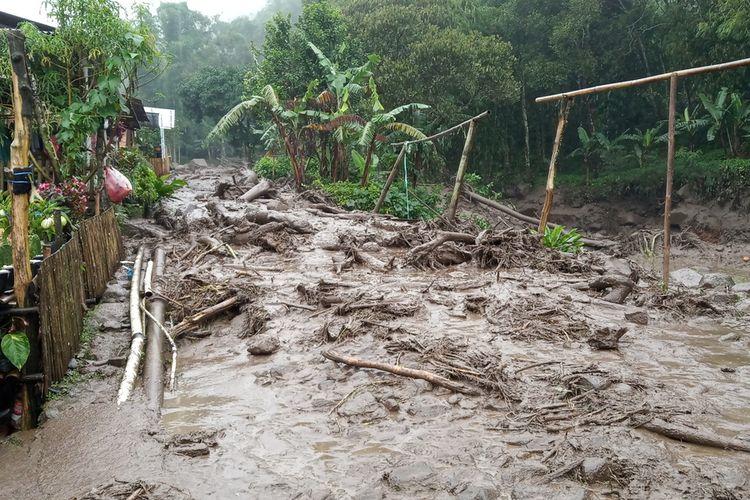 Banjir Bandang di Puncak Bogor Jawa Barat Selasa (19/1/2021).