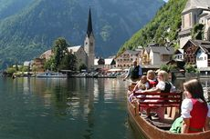 Aktivitas Wisata yang Bisa Dilakukan di Hallstatt, Kota yang Menginspirasi Film Frozen