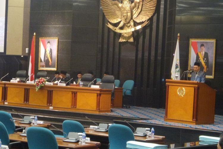 Sejumlah fraksi partai politik di DPRD DKI Jakarta menyampaikan pandangan umum terkait laporan pertanggungjawaban APBD 2016 DKI Jakarta, Senin (17/7/2017)