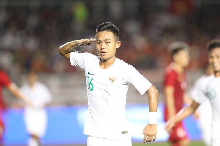 Sani Rizki Fauzi saat melakukan selebrasi usai mencetak gol pada laga timnas U-23 Indonesia vs Vietnam, di Stadion Rizal Memoriam, Manila, Filipina, Minggu (1/12/2019).