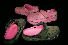 Crocs dan Rapper Post Malone Hadirkan Alas Kaki Pink