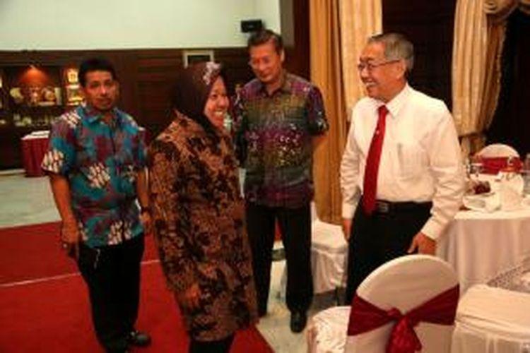 Risma bersama pengusaha Surabaya.