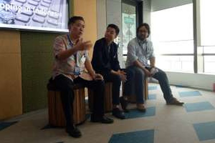 (ki-ka) CEO Blibli Kusumo Martanto, CEO Tokopedia William Tanujaya, dan GM Strategy and Communication Elevania, Bayu Setiaji Tjahjono, di Kantor Google Indonesia, Jakarta, Kamis (17/11/2016)
