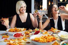 Makan di Restoran Tingkatkan Risiko Covid-19, Begini Solusinya