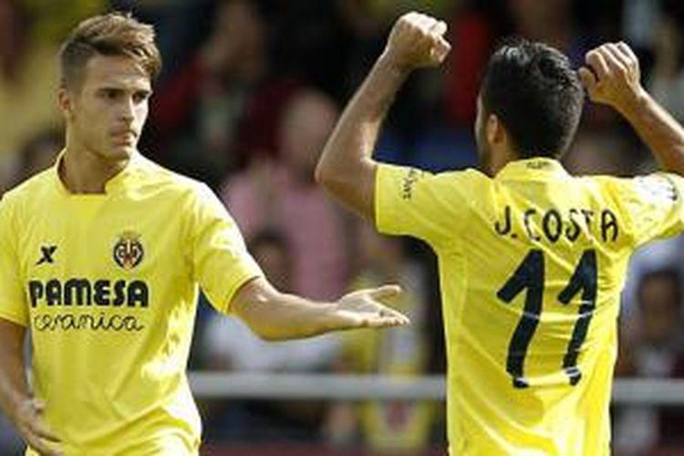 Denis Suarez (kiri) rayakan gol Villarreal ke gawang Celta Vigo (18/10/2015).