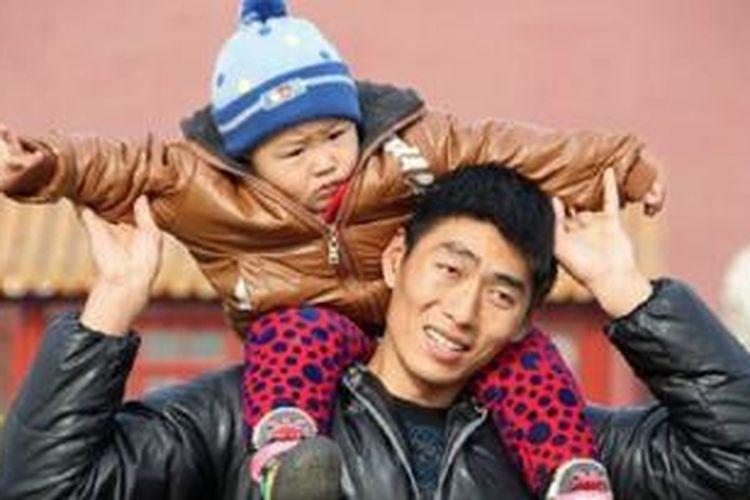 China telah memperlonggar kebijakan satu anak.
