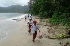 Perjuangan Siswa SD di Pedalaman Pulau Seram Ikuti Upacara HUT RI, Bertaruh Nyawa Seberangi 4 Sungai hingga Basah Kuyup Saat Tiba