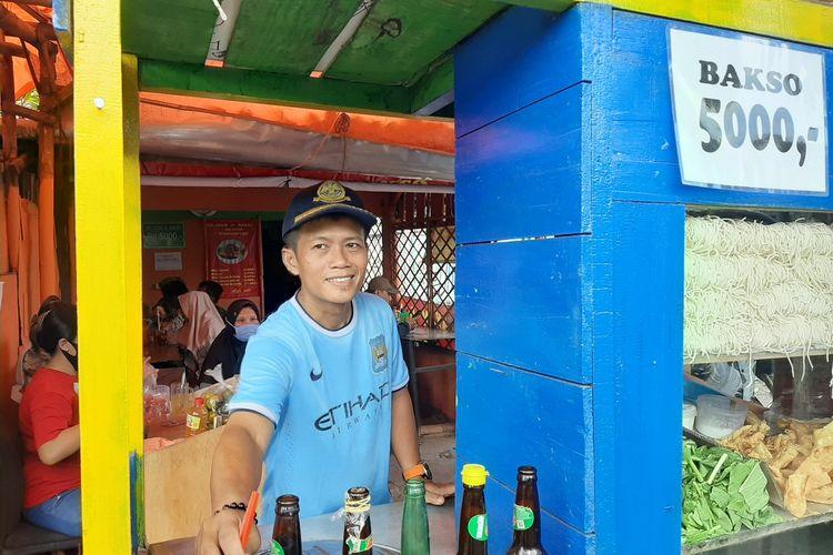 Gatot Prayitno saat berada di warung mie ayamnya di Jalan Bugisan Selatan No 48, Kota Yogyakarta.