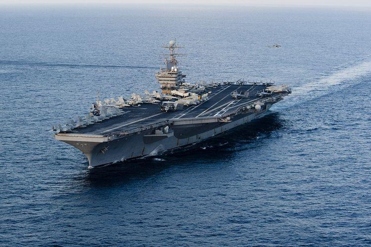 Kapal Induk AS USS Abraham Lincoln. Foto diambil pada Januari 2012.