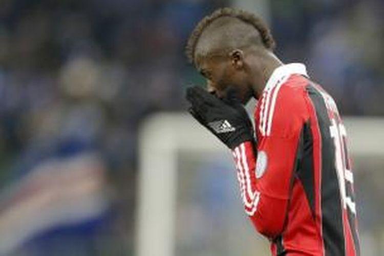 Striker AC Milan, M'Baye Niang.