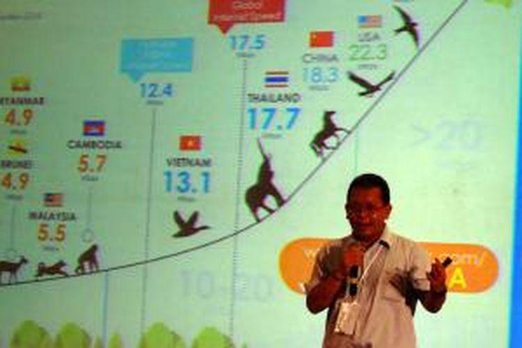 General Manager Infynis Dondy Bappedyanto saat berbicara di konferensi startup Echelon Indonesia, Jakarta, Rabu (15/4/2015).