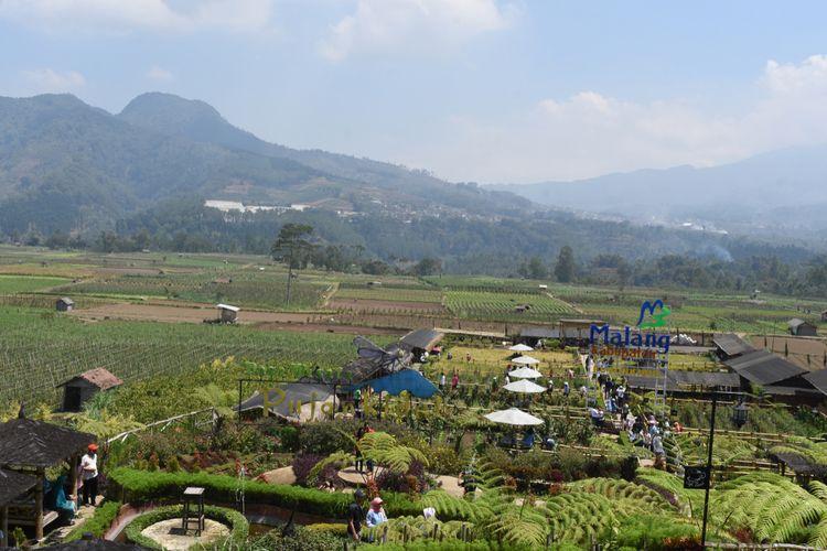 Cafe Sawah di Desa Wisata Pujon Kidul, Malang