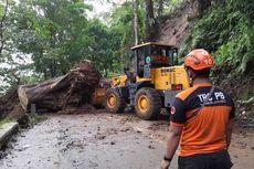 Banjir dan Longsor Terjang Lumajang, Puluhan Warga Mengungsi, Jalur Piket Nol Terdampak