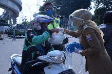 Imbau Warga Tetap di Rumah, Pemkot Palembang Bagikan Sembako dan Masker