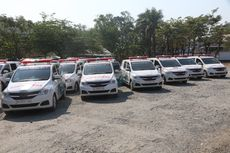 Purwakarta Beri Bantuan Satu Mobil Ambulans untuk Satu Desa
