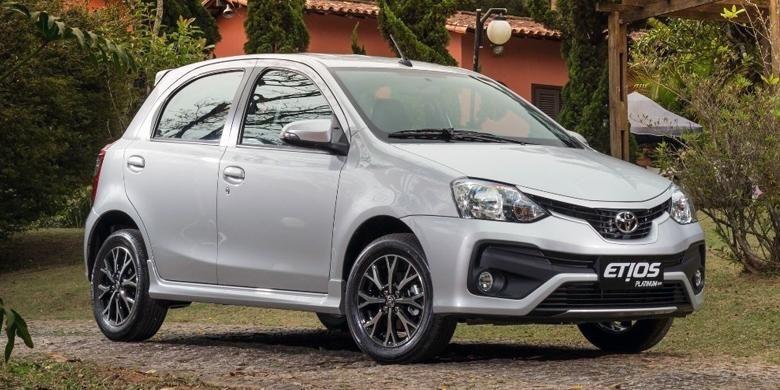 Toyota Etios Platinum facelift 2016 di India.