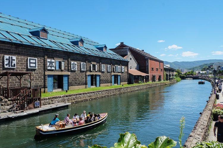 Otaru Unga atau Kanal Otaru yang dapat kamu susuri perairannya saat berkunjung ke Kota Otaru, Jepang.