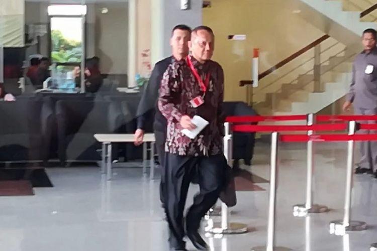 Mantan Sekretaris Mahkamah Agung (MA) Nurhadi Abdurachman memenuhi panggilan pemeriksaan di Komisi Pemberantasan Korupsi (KPK), Jakarta, Selasa (6/11/2018).