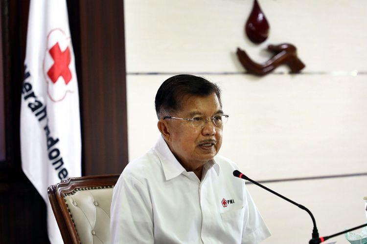 Ketua Umum Palang Merah Indonesia (PMI) Jusuf Kalla (JK) meminta partisipasi masyarakat dan pengusaha untuk memerangi Covid-19 yang semakin meninggi di Indonesia terutama di wilayah DKI Jakarta.