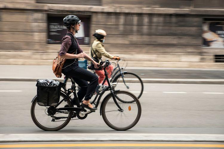 Ilustrasi e-bike, sepeda listrik
