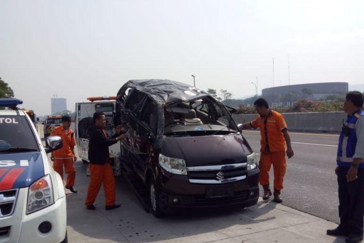Kecelakaan tunggal di Tol Jagorawi KM 36+600, Sentul, Kabupaten Bogor, sebabkam tiga orang tewas, Minggu (15/9/2019).