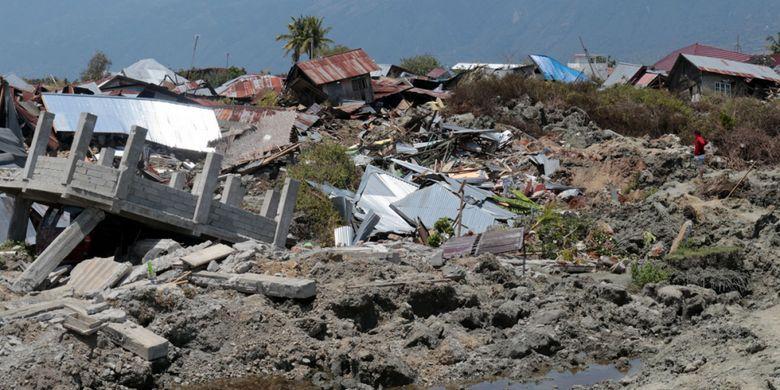 Kondisi Kelurahan Petobo pasca likuefaksi akibat gempa 7,4 Magnitudo. Semua rumah tenggelam dalam lumpur