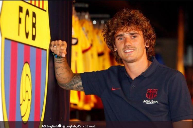 Antoine Griezmann resmi berbaju Barcelona.