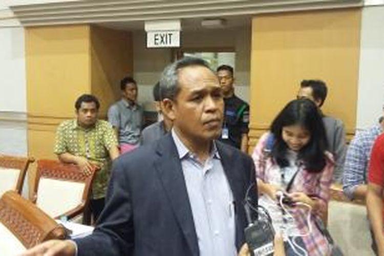 Wakil Ketua Komisi III DPR Benny K Harman, di Ruang Rapat Komisi III DPR Senayan, Jakarta, Selasa (15/12/2015).