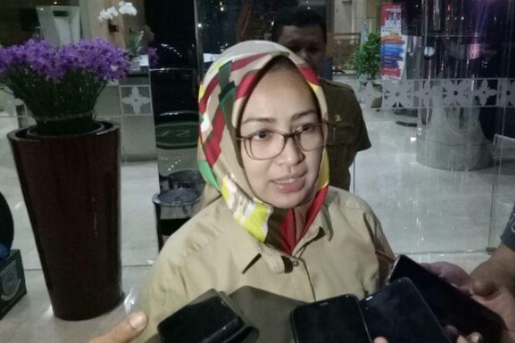 Wali Kota Tangerang Selatan, Airin Rachmi Diany mengatakan saat ini ada satu warganya dipantau terkait pencegahan virus corona yang saat ini sedang dirawat di Rumah Sakit Permata Pamulang. Hal tersebut dikatakan Airin saat berada di Pemkot Tangsel, Selasa (3/3/2020).