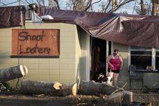 Keluarga Terdampak Badai Michael Hadapi Ancaman Penjarah Bersenjata
