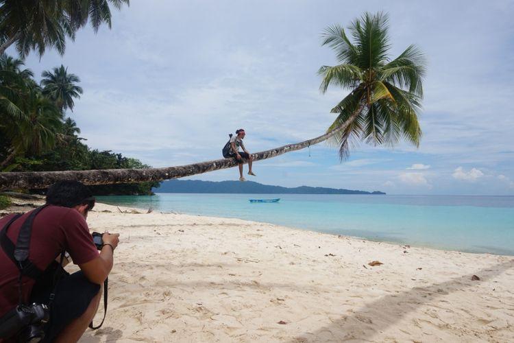 Pantai Wambar Fakfak Papua Barat