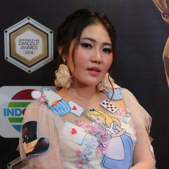 Penyanyi dangdut Via Vallen saat ditemui di Studio Emtek City, Daan Mogot, Jakarta Barat, Jumat (12/10/2018).