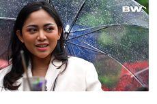 Liburan di Lombok, Rachel Vennya Panik Anak-anaknya Kebanjiran