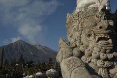 Status Gunung Agung Bali Diturunkan ke Level Waspada