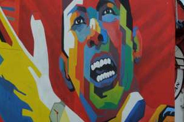 Lukisan wajah Soekarno atau Bung Karno menghiasi salah satu sudut Kota Salatiga, Jawa Tengah, Selasa (22/3/2016).